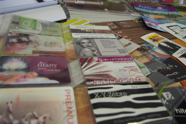 Toute la carterie : Carte de visite, carte de fidélité, carte adhésive, carte pvc…